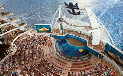 Royal Caribbean Harmony of the Seas aquatheater
